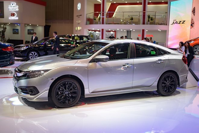 Honda Civic Modulo thêm mạnh mẽ với bodykit thể thao - 2