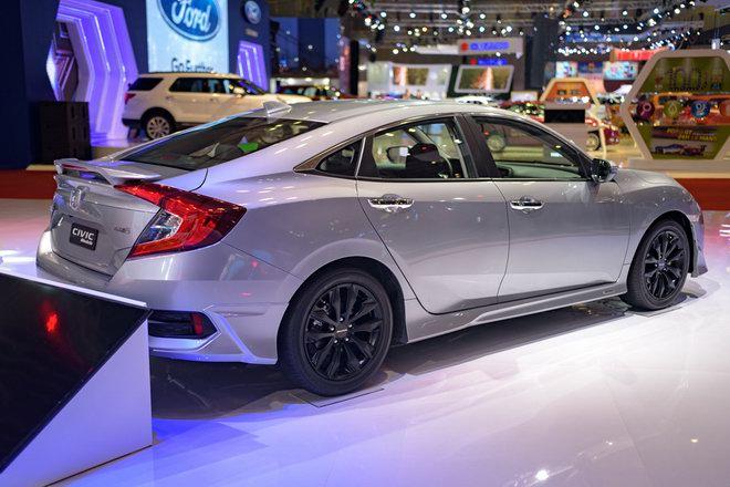Honda Civic Modulo thêm mạnh mẽ với bodykit thể thao - 5