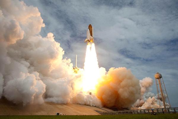 """NASA trả mức lương cao ngất ngưởng cho """"Nhân viên bảo vệ trái đất"""" - 2"""
