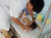 Tin tức trong ngày - Bất ngờ lộ diện người bỏ rơi bé trai 1 tuổi bị đánh bầm tím toàn thân