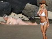 Tranh vui - Cười ngả nghiêng với loạt ảnh khó đỡ trên bãi biển