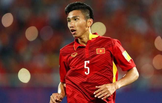"""U23 Việt Nam: Công Phượng đi chợ, HLV Hữu Thắng xử lý """"sự cố"""" - 2"""