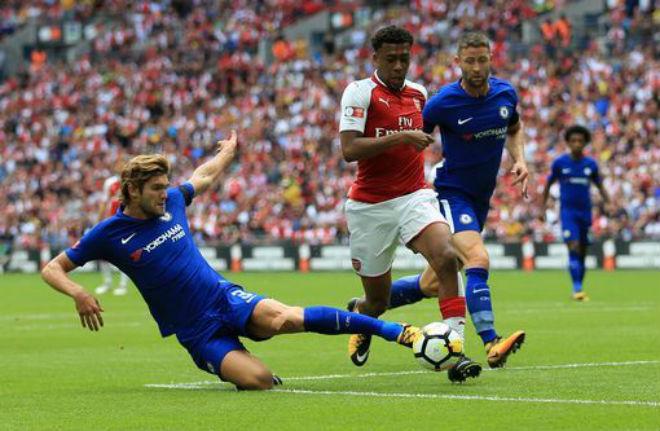 Chelsea - Conte đá cúp siêu tệ: Sóng gió chờ đón nhà vua - 2