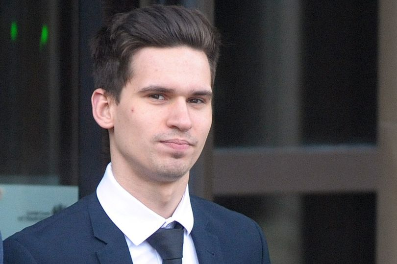 Anh: Lạ lùng nhận tội hiếp dâm vẫn được tòa tha bổng - 3