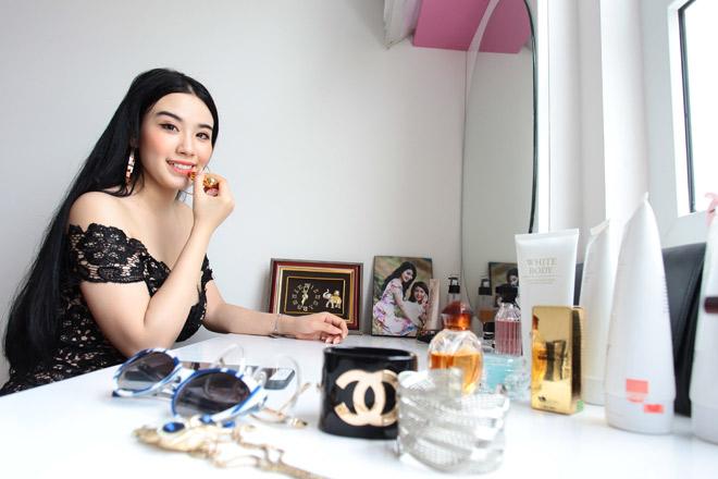 Linh Miu mặc váy ngủ nhảy sexy trong nhà 4 tỷ mới tậu - 11