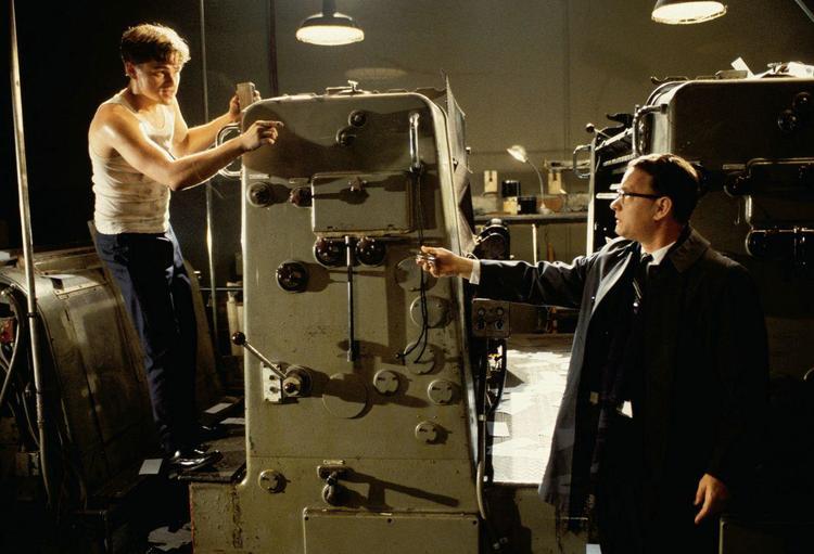 Siêu lừa khét tiếng nước Mỹ: Vai diễn bị bỏ quên của Leonardo DiCaprio - 8