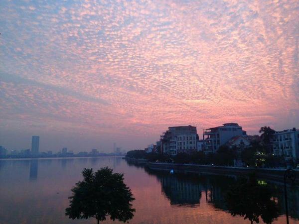Chiêm ngưỡng những đám mây kì quái từng xuất hiện ở Việt Nam - 6