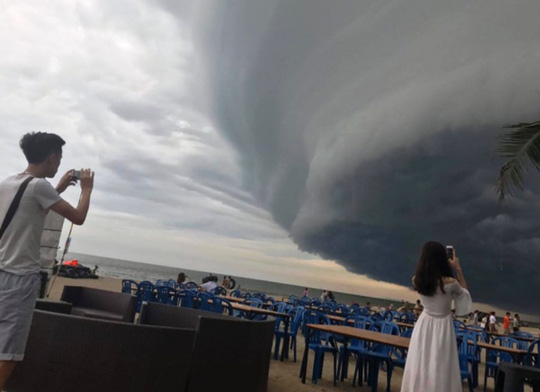 Chiêm ngưỡng những đám mây kì quái từng xuất hiện ở Việt Nam - 1