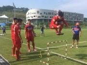 Bóng đá - U23 Việt Nam: Công Phượng tập như VĐV điền kinh chờ xông đất SEA Games