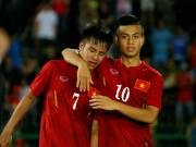 """Bóng đá - Cầu thủ U18 Việt Nam """"gục ngã"""" giữa buổi tập thể lực"""