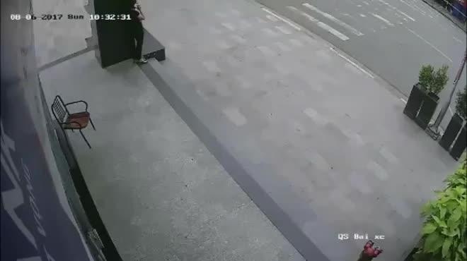 Tin mới nhất vụ người đàn ông bị mất ô tô khi đi rút tiền