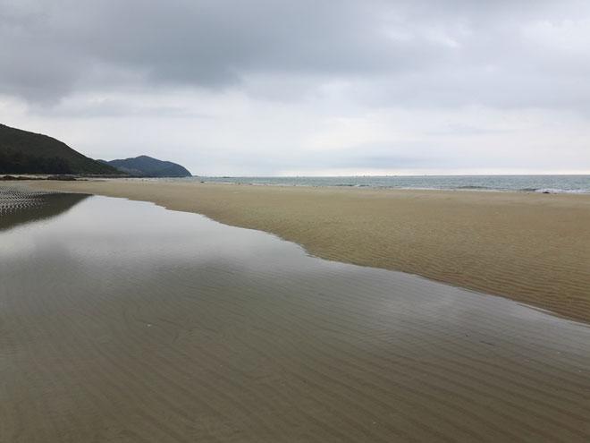 """Gần Hà Nội có một """"hoang đảo Robinson"""" tuyệt đẹp và bình yên đến lạ - 2"""