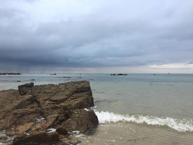 """Gần Hà Nội có một """"hoang đảo Robinson"""" tuyệt đẹp và bình yên đến lạ - 13"""