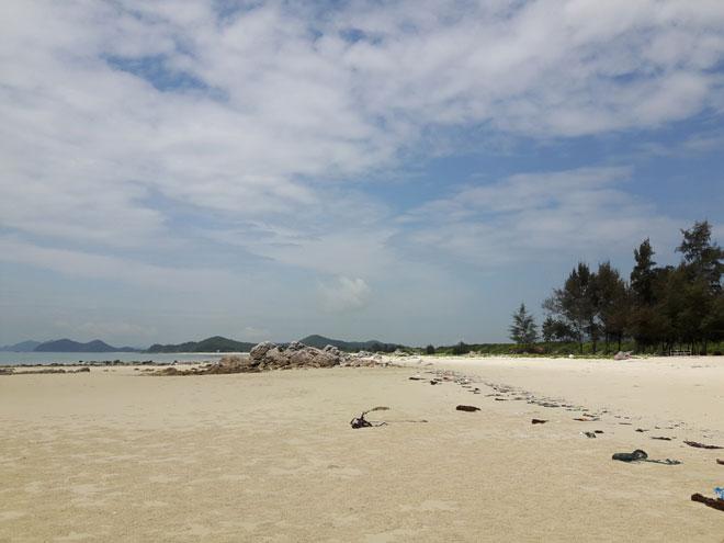"""Gần Hà Nội có một """"hoang đảo Robinson"""" tuyệt đẹp và bình yên đến lạ - 4"""