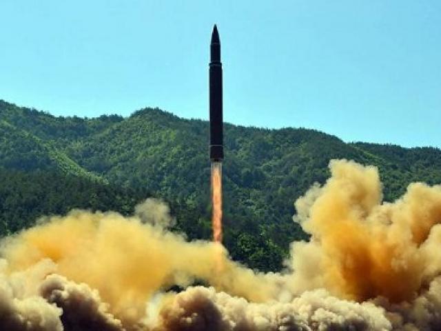 Tên lửa Triều Tiên chỉ có 0,0001% cơ hội bắn trúng đảo Guam