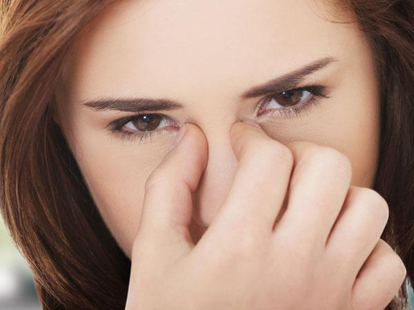 Sởn gai ốc khi biết những tác hại của việc nhịn hắt hơi - ảnh 3