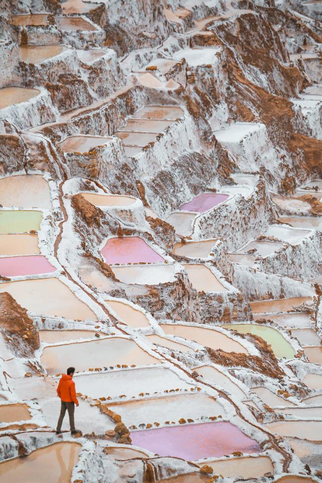 Kỳ quan hồ muối bậc thang độc đáo ở Peru - ảnh 2