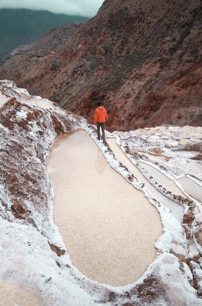 Kỳ quan hồ muối bậc thang độc đáo ở Peru - ảnh 6