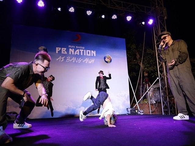 Tròn mắt với màn B-boy điêu luyện của bé gái 4 tuổi tại minishow của PB Nation