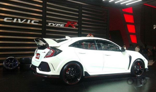 Honda Civic Type R giá từ 1,69 tỷ đồng ở Đông Nam Á - 4