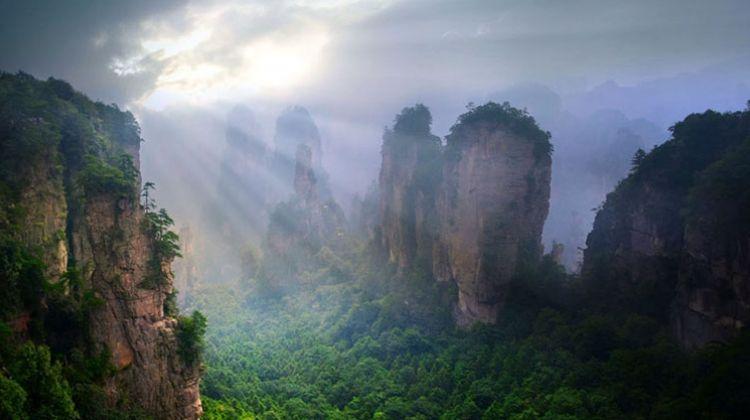 """Chinh phục núi bay có thật trong siêu phẩm """"Avatar"""" - ảnh 1"""