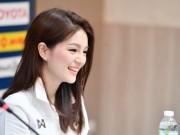 Bóng đá - Nhan sắc xinh như hotgirl của trưởng đoàn bóng đá U22 Thái Lan