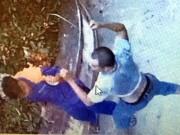 Không được mua chịu, lái xe cứu thương đánh nhân viên cây xăng nhập viện
