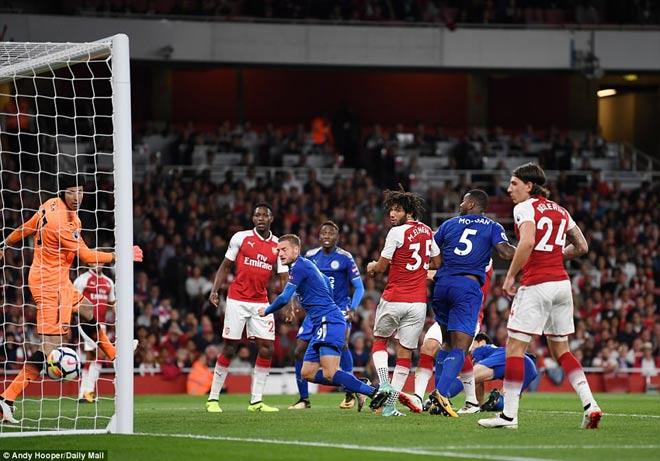 Góc chiến thuật Arsenal – Leicester: Phim hay và đạo diễn tài ba Wenger
