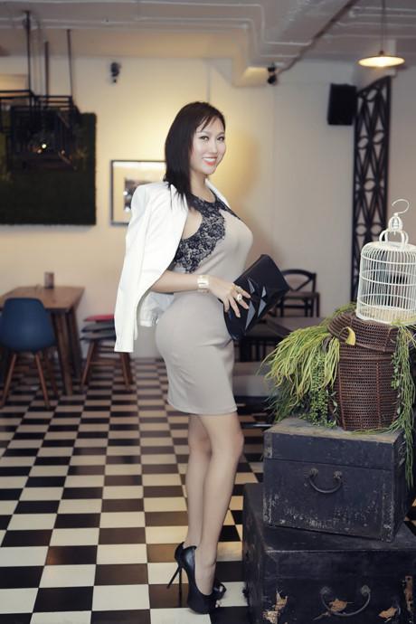 Choáng với tạo hình răng vẩu, ngọng líu lô của các người đẹp màn ảnh Việt - ảnh 1