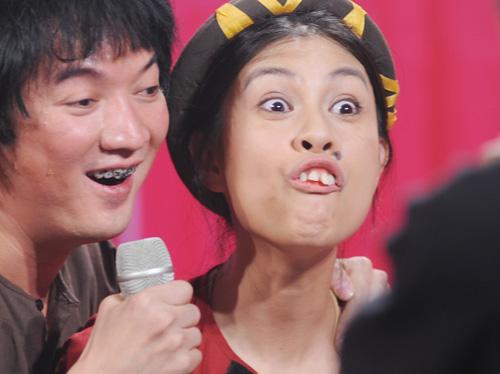 Choáng với tạo hình răng vẩu, ngọng líu lô của các người đẹp màn ảnh Việt - ảnh 8