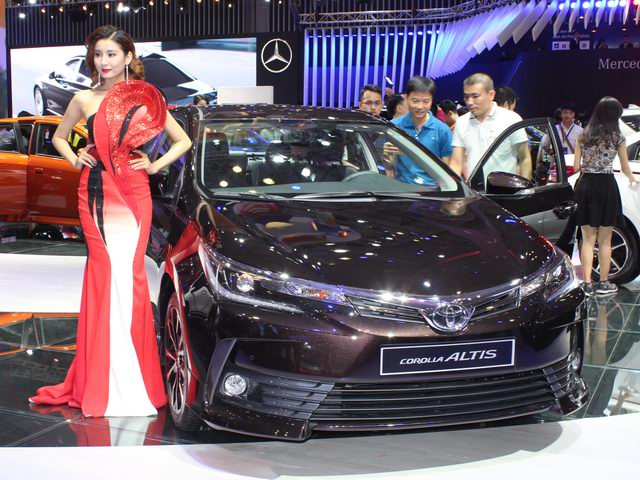 Toyota Corolla Altis mới sẽ có giá bán rẻ hơn bản cũ? - 1