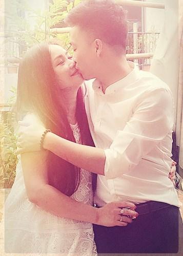 """Kết hôn lần thứ 4, mỹ nhân """"lẳng lơ nhất màn ảnh Việt"""" vẫn được chồng cưng chiều - 8"""