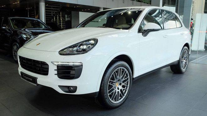 Porsche Cayenne Platinum Edition giá 5,3 tỷ đồng tại Việt Nam - ảnh 1