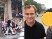Đạo diễn siêu phẩm Dunkirk cùng vợ đi dạo trên phố đi bộ Nguyễn Huệ
