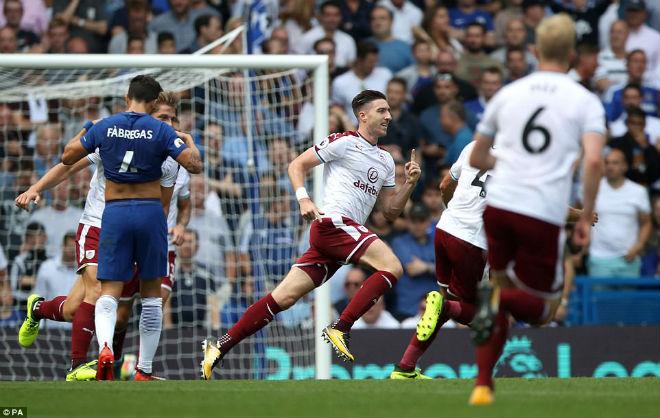 Chelsea thảm bại: Conte đổ lỗi học trò, né chỉ trích trọng tài - ảnh 2