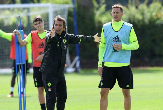 Chelsea thua s.o^.c: Triệu fan MU hả hê, báo chí khen Morata, mắng Conte - ảnh 2