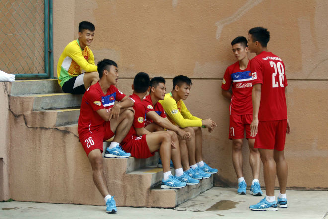 U22 Việt Nam chốt danh sách SEA Games: Công Phượng có bị loại? - ảnh 1
