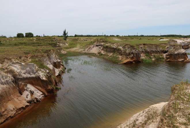 Cận cảnh công trường không bóng người ở mỏ sắt lớn nhất Đông Nam Á - ảnh 4