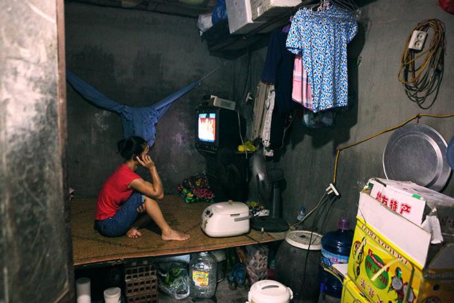 Cận cảnh khu siêu ổ chuột giữa trung tâm Hà Nội - ảnh 3