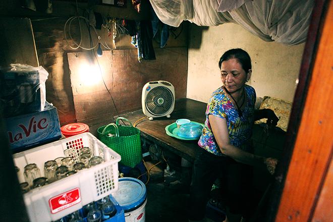 Cận cảnh khu siêu ổ chuột giữa trung tâm Hà Nội - ảnh 4