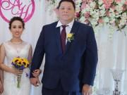 Chàng Việt kiều nặng 100kg hỏi cưới bạn gái sau 1 lần gặp