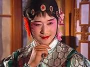 """Những pha giả gái  """" không đỡ nổi """"  của Ngô Kinh"""