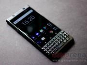 Ngắm BlackBerry KEYone bản màu đen hạn chế