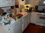 """Những thói quen khiến căn bếp bừa bộn như  """" bãi chiến trường """""""