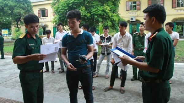 Nhiều trường đại học quân đội tuyển bổ sung - 2