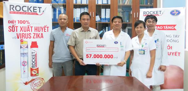 Rocket và Bệnh viện Nhiệt Đới Trung Ương phát động chiến dịch diệt muỗi - 1