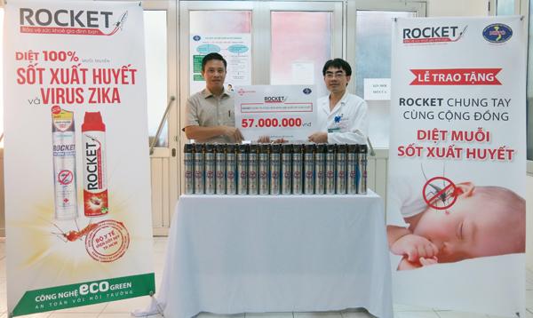 Rocket và Bệnh viện Nhiệt Đới Trung Ương phát động chiến dịch diệt muỗi - 2