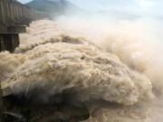 Thuỷ điện Hoà Bình, Sơn La, Tuyên Quang đồng loạt xả lũ