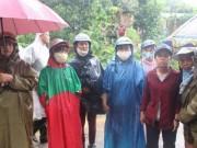 Vụ nổ 6 người chết ở Khánh Hòa: Nước mắt hòa nước mưa đưa tiễn