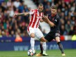 """TRỰC TIẾP Stoke - Arsenal: Nhập cuộc như  """" vũ bão """"  (Vòng 2 ngoại hạng Anh)"""